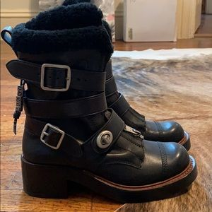 Coach Zip Moto Boots Black Leather Shearling sz 6